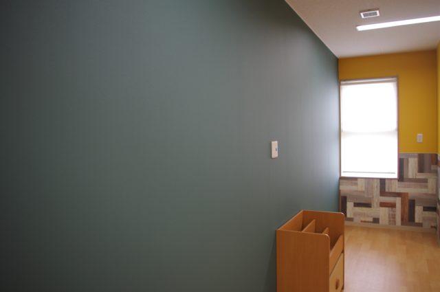 お絵かきなどをできる壁